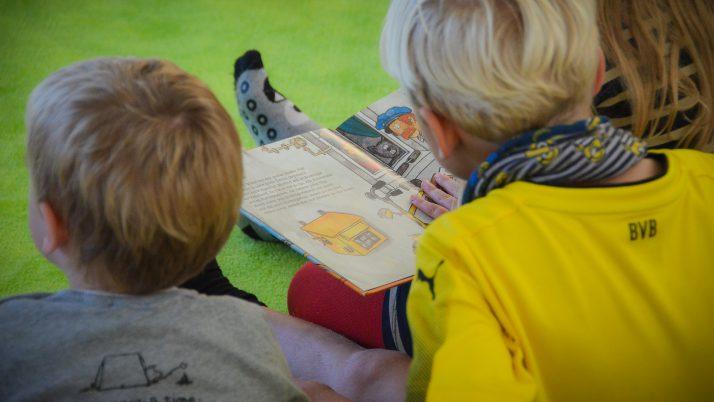 Vorlesen gegen Langeweile!