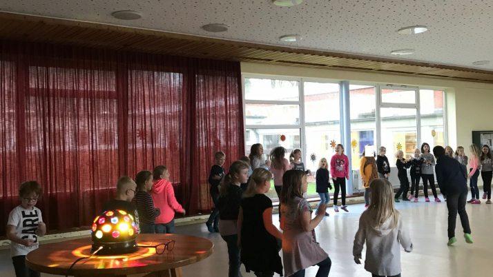 Disko in der Schule!