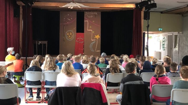 The mysterious case of….. – Theater im Haus! :-)